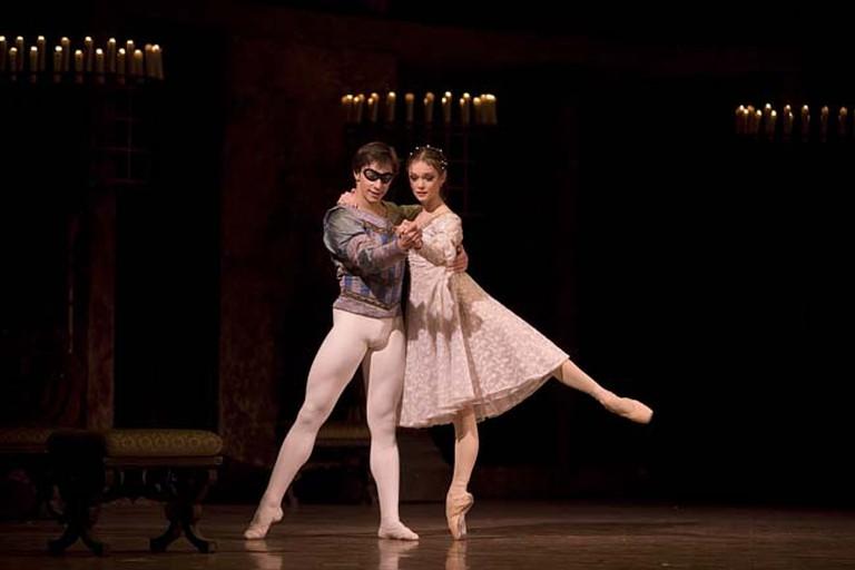 Jurgita Dronina and Olaf Kollmannsperger in 2007, from Romeo and Juliet at the Royal Swedish Opera   © Hans Nilsson, Kungliga Operan / WikiCommons