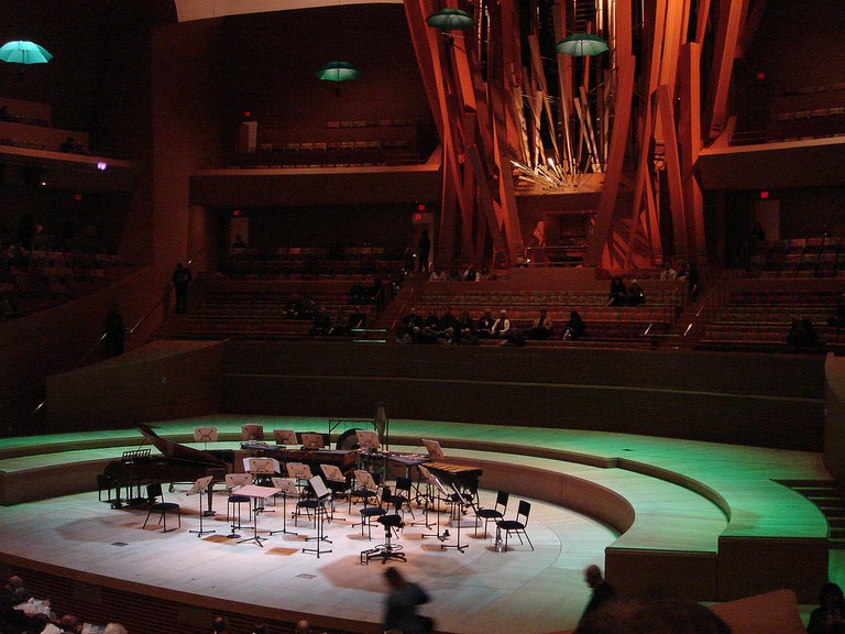 LA Philharmonics/ Concert Hall © IK's World Trip / Flickr