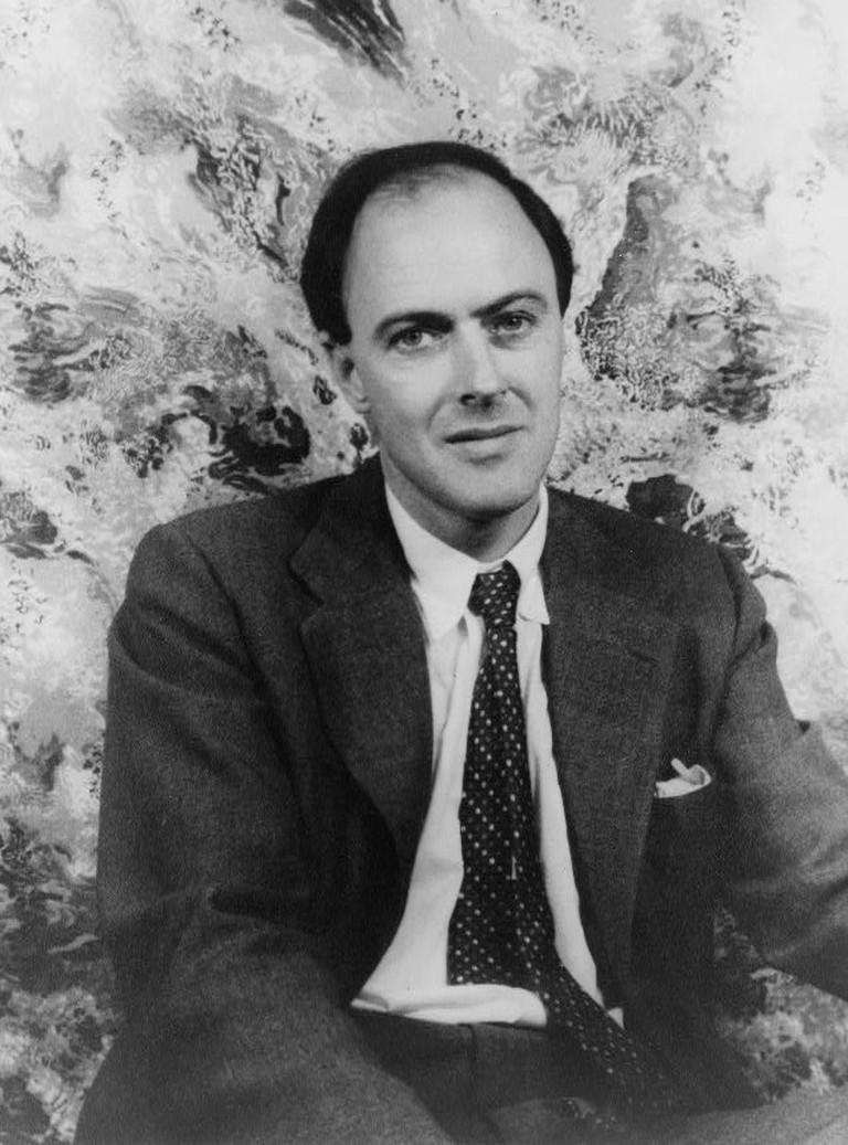 Portrait of Roald Dahl, 1954   © Materialscientist / WikiCommons