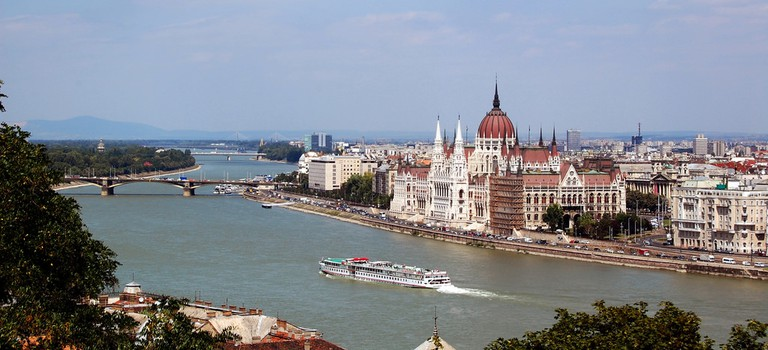The Hungarian Parliament on the Danube River, courtesy of https://www.flickr.com/photos/photohenning/18504255814