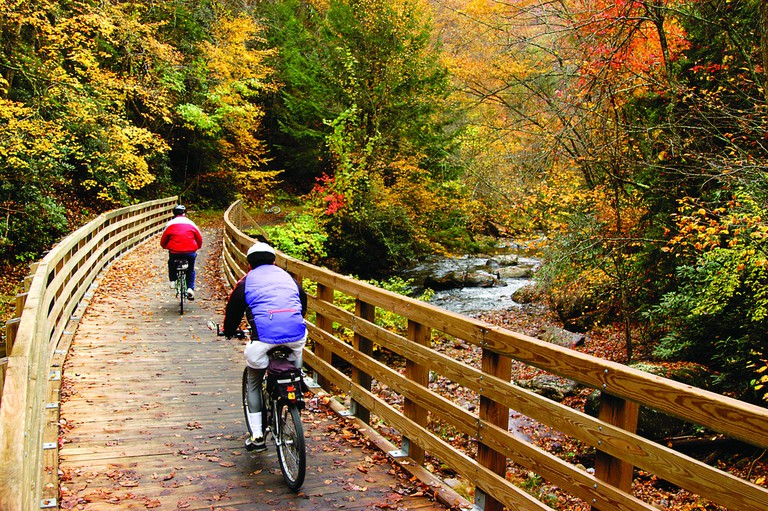 Along the Virginia Creeper Trail © US Forest Service / Flickr