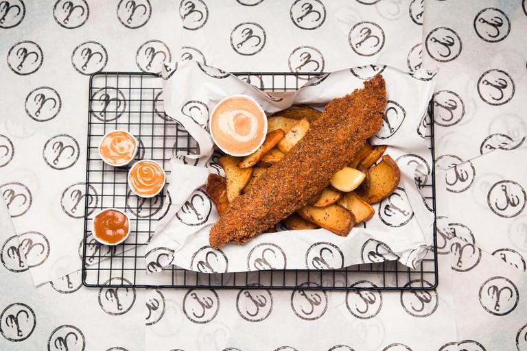 Cajun Hake with Lemon Cajun Sauce & Seaweed Salted Chips | Courtesy of Bia Mara