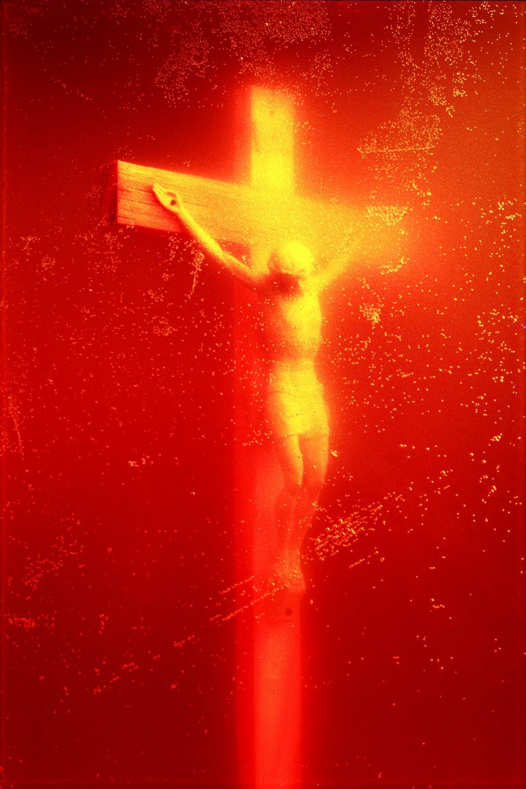 Piss Christ, Bodily Fluids series | © Andres Serrano/Courtesy of the Royal Museums of Fine Arts of Belgium