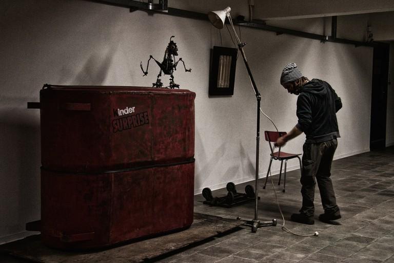 Bart Dewolf at Opek Trash Deluxe Expo, Leuven/Courtesy Adriana Covini