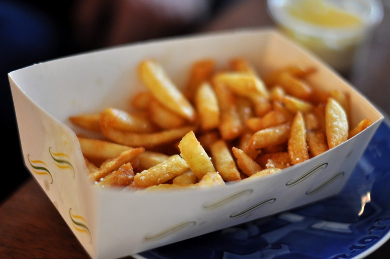 Mayo and ketchup might be the most preferred sauce for fries © cyclonebill / Flickr
