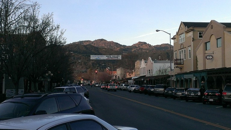 Downtown Calistoga © JayWalsh/Wikipedia