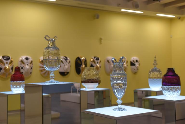 Crystal Candy SetJaime Hayon, Funtastico Exhibition, The Design Museum Holon, Holon, November 30, 2015 - April 30, 2016 | © Ben Kelmer