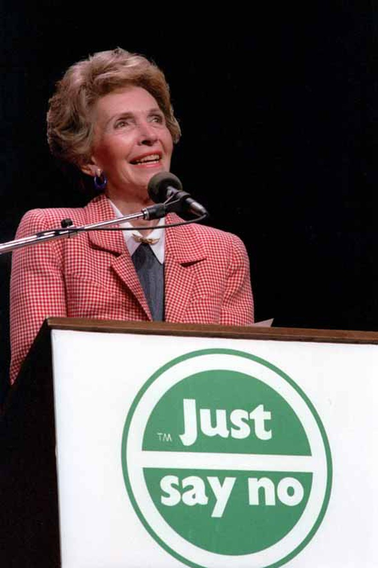 Nancy Reagan speaking at a 'Just Say No' Rally in Los Angeles, California   © White House Photographic Office/WikiCommons