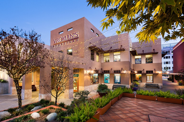 Photo by Russell Gearhart Photography Vroman's Bookstore in Pasadena, Calif. Exterior and courtyard.