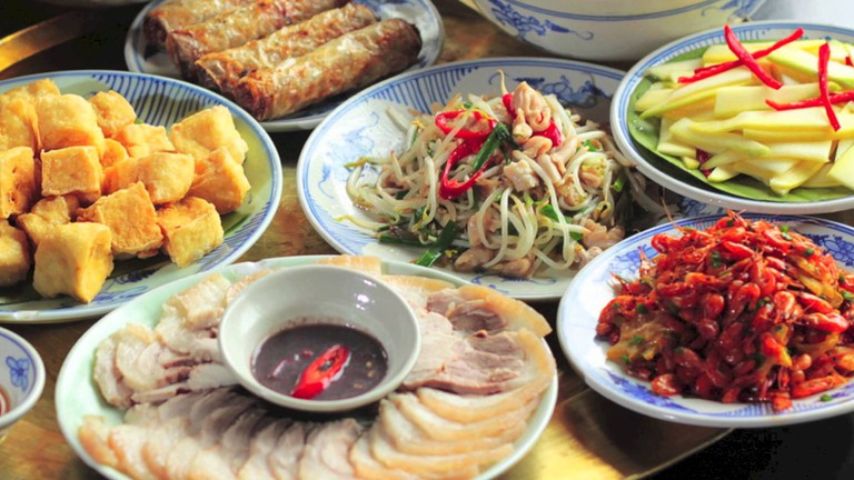 Vietnamese food via Wikicommons