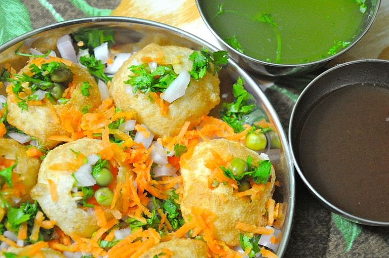 Pakodi, homemade Indian panipuri/©Hari Prasad Nadig /WikiCommons