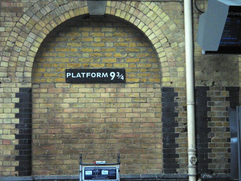Harry Potter Platform 9 3/4 | ©Spixey / Flickr