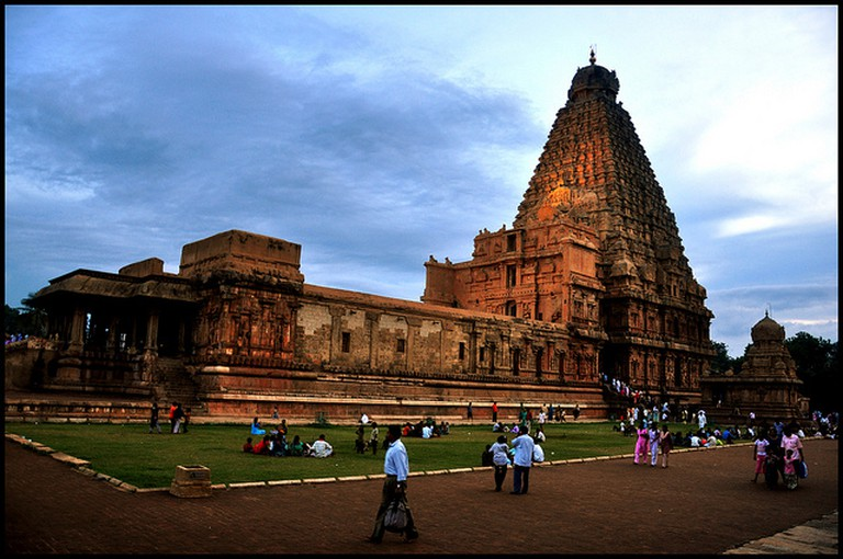 Sunset at the Brihadeeswarar Temple, Thanjavur