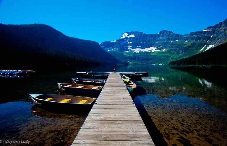 Cameron Lake at Waterton Lakes National Park | ©Esther Lee/Flickr