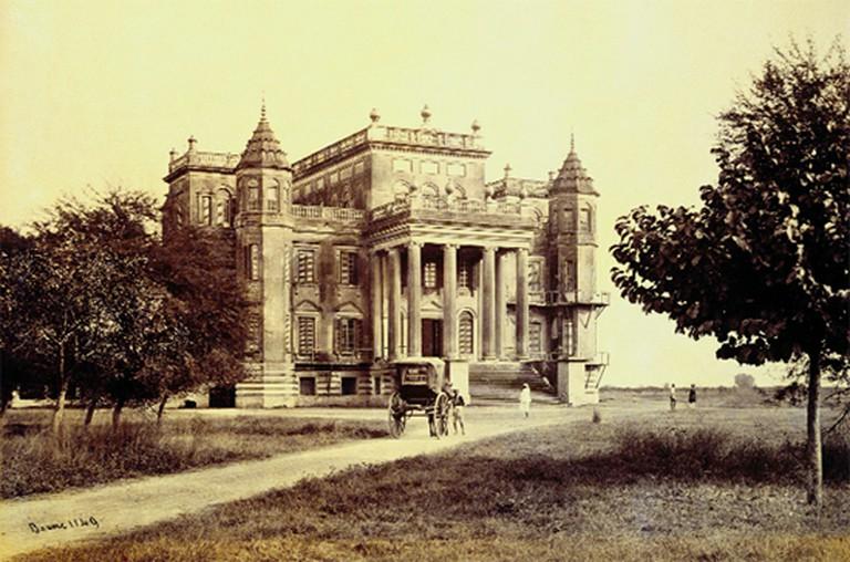 Dilkusha Kothi,albumen print, December 1864–early 1865,Lucknow   ©Samuel Bourne/WikiCommons