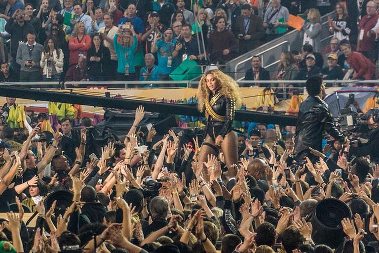 Beyonce, Bruno Mars   ©Arnie Papp / Flickr