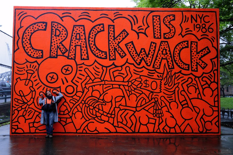 CRACK IS WACK | © sari_dennise/Flickr