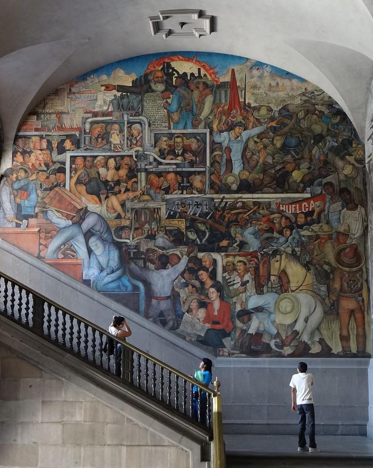History of Mexico   © Diego Rivera/WikiCommons