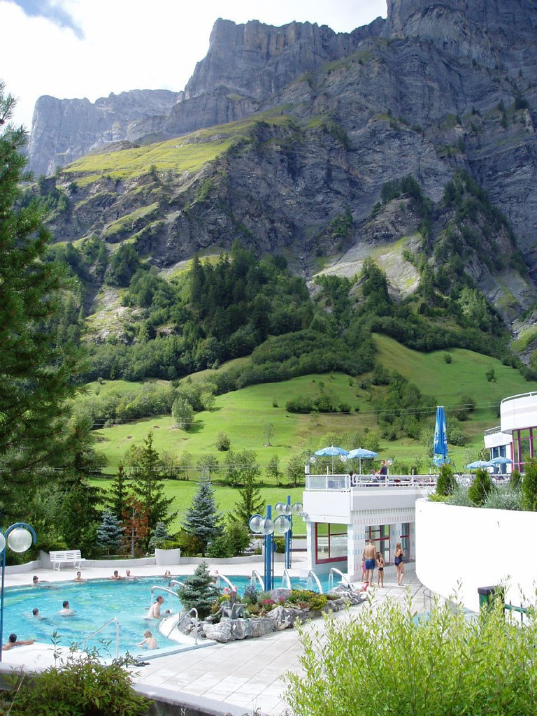 Thermal Bath in Leukerbad | © Jess & Peter/WikiCommons