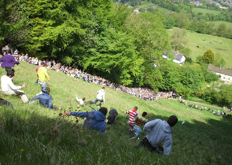 Cheese Rolling in 2013   © Dave Farrance/WikiCommons
