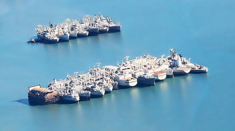 Mothballed fleet @ User jitze/Wikipedia