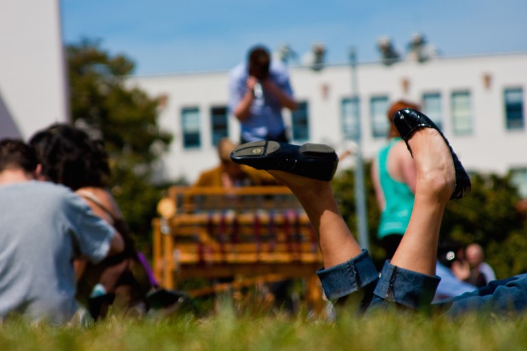 Girl at Delores Park   © Jesse! S?/Flickr