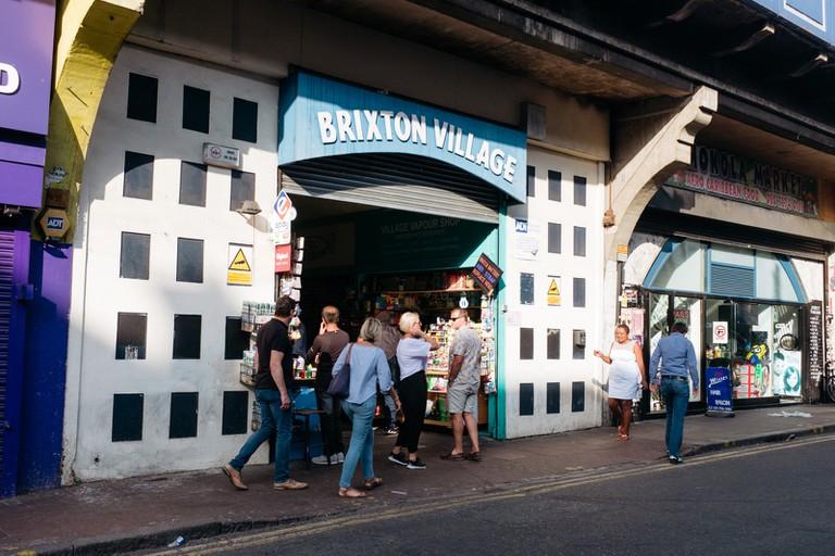 Market-Brixton-London-England-Rojee