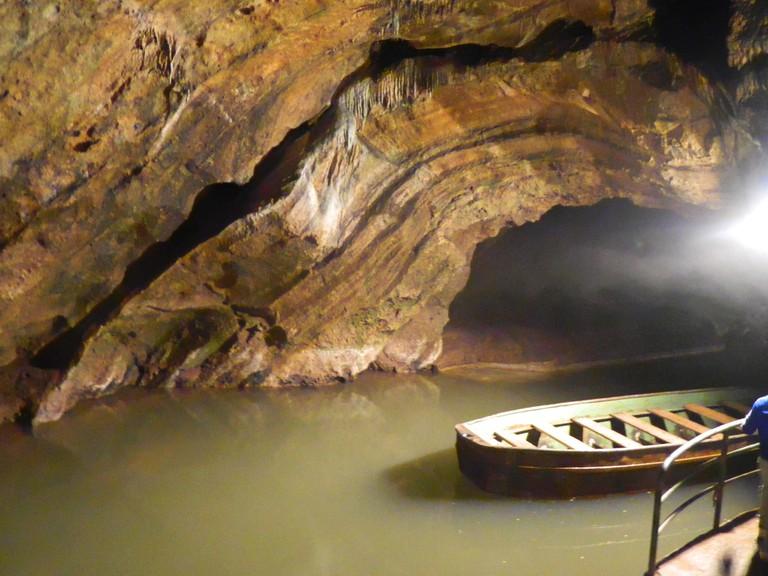 Underground river | © Ruben Holthusijsen|Flickr