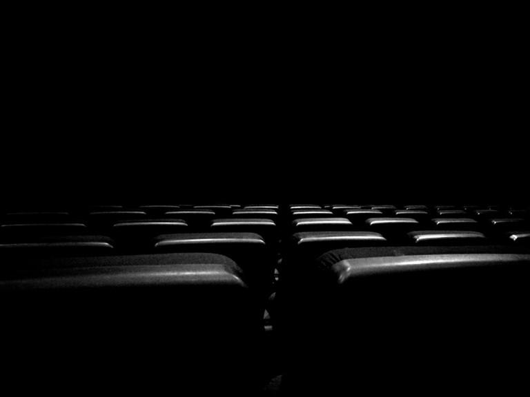 waiting for the film   © BMiz/Flickr