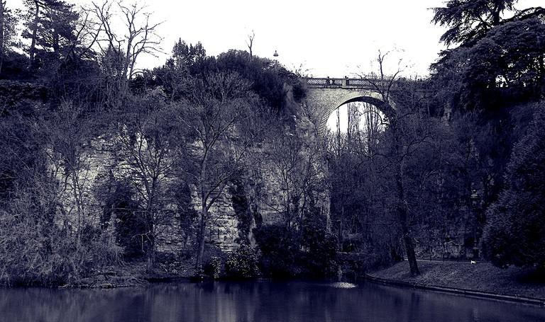 Pont des Suicidés, Buttes Chaumont   © Thomas Claveirole/Flickr