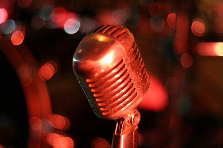 open mic   © Ed Schipul/Flickr