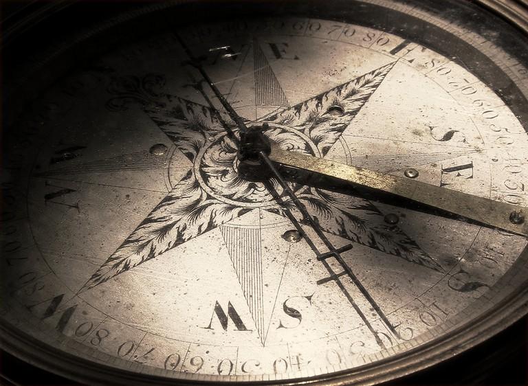 Compass | © Walt Stoneburner/Flickr