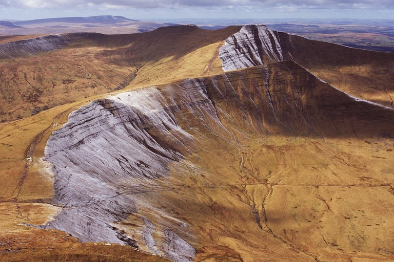 Brecon Beacons, Wales © Adrian Warren and Dae Sasitorn