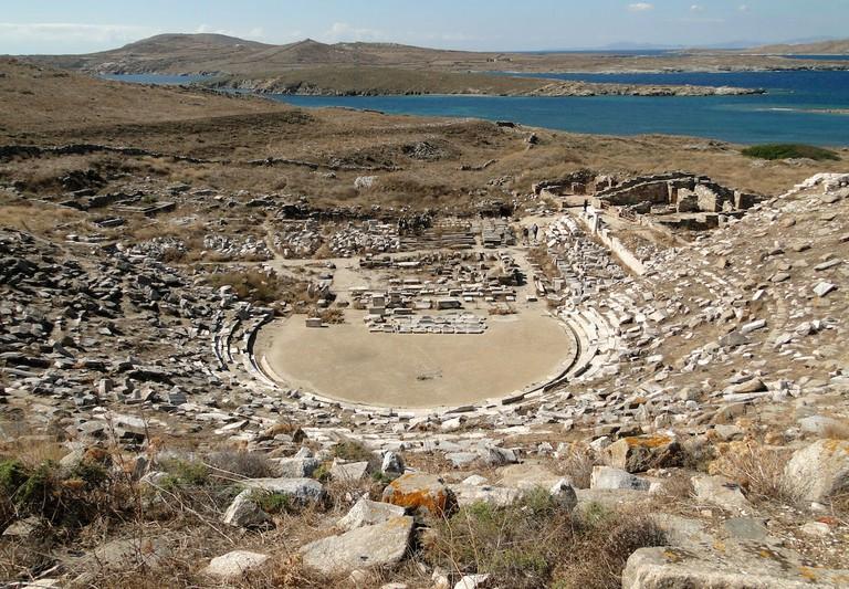 Ancient Greek theatre, Delos | © Bernard Gagnon/Flickr