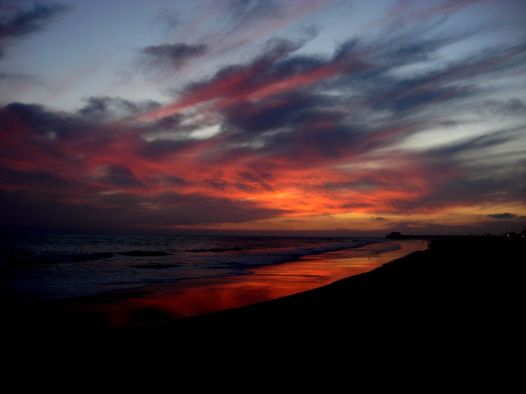 Sunset over Newport Beach   © YoTuT/Flickr