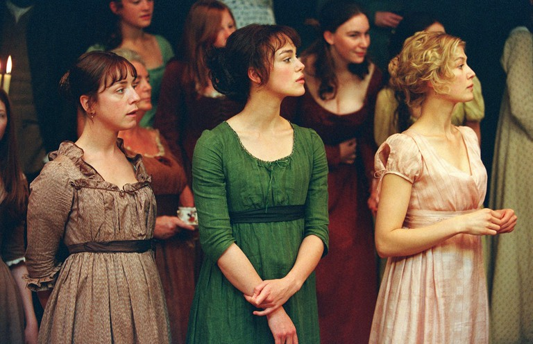 The Bennet sisters at a ball | © Pride and Prejudice (2005) / Studio Canal and Working Title Films