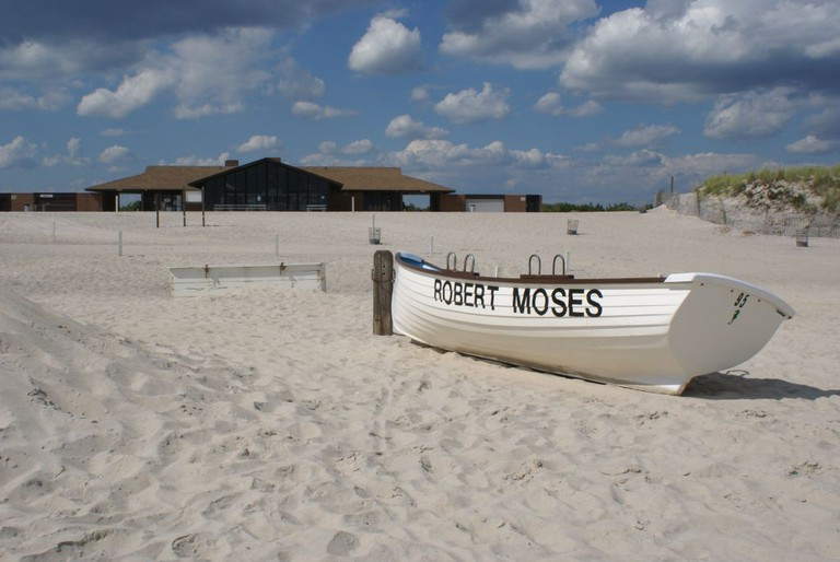 Robert Moses Field 4 Deserted Beach | © Anthony22/WikiCommons