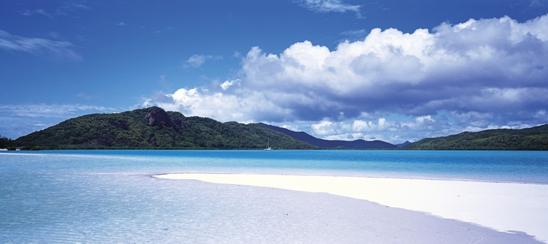 Whitsunday Island, Qld | Courtesy of Tourism Australia © Lincoln Fowler