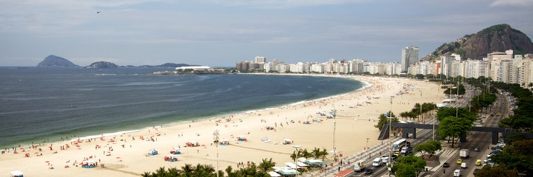 The long sandy stretch of Copacabana   ©Marcin Wichary/Flickr