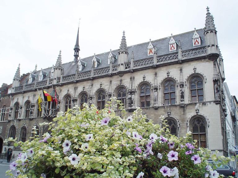 Kortrijk City Hall   © Marc Vermeisch/Wikimedia Commons