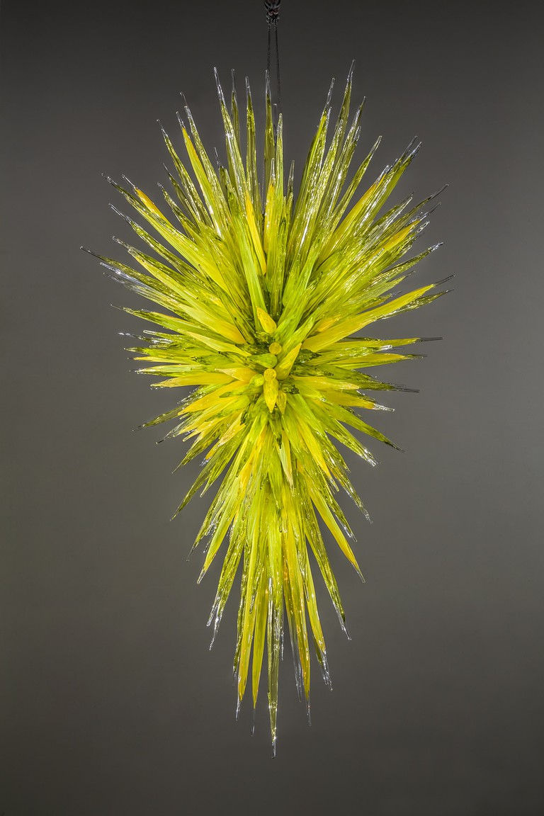 Dale Chihuly, Green Icicle Chandelier, (detail), 2013 91⁄2 x 51⁄2 x 5' © 2013 CHIHULY STUDIO. ALL RIGHTS RESERVED, Courtesy of The ROM