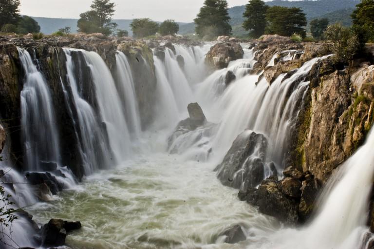 Hogenakkal Falls in TamilNadu   © Ezhuttukari/WikiCommons