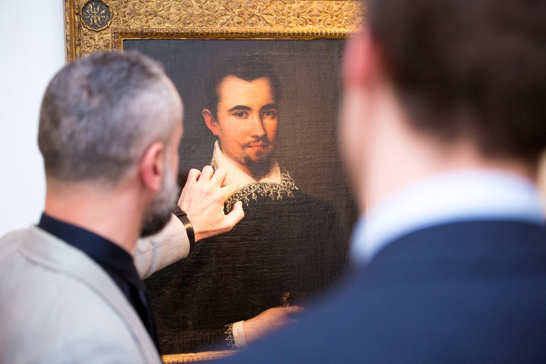 Visitors at London Art Week in St James's and Mayfair| Courtesy of London Art Week