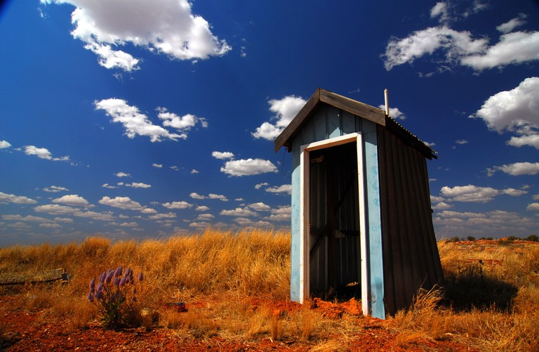 Toilet in the Outback   © Samillemitchell / Pixabay
