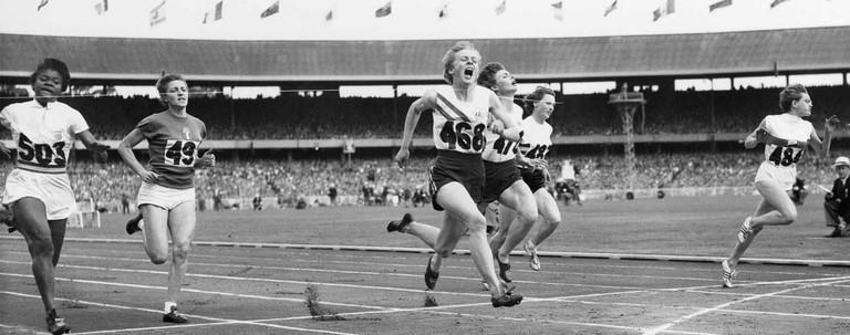 Women_100m_final_1956_Olympics