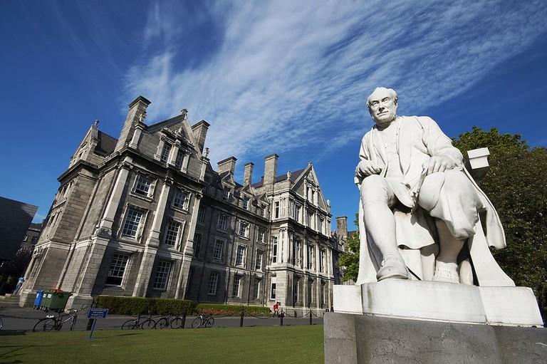 George Salmon statue at Trinity College Dublin | ©Pablo Pérez/WikiCommons