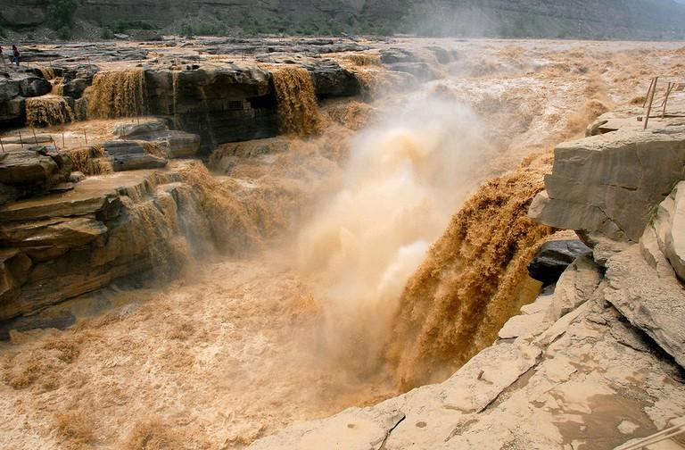 Hukou Waterfall of the Yellow River, China | Leruswing/Wikimedia Commons/CC BY-SA 3.0