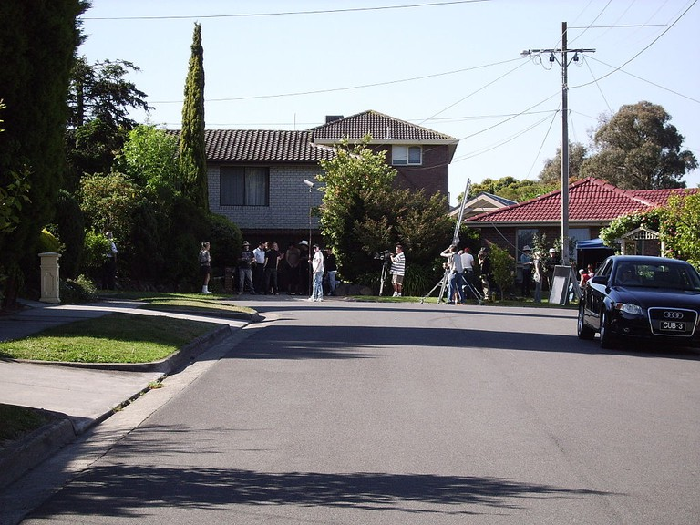 Pin Oak Court Filming   © Koala:Bear/WikiCommons