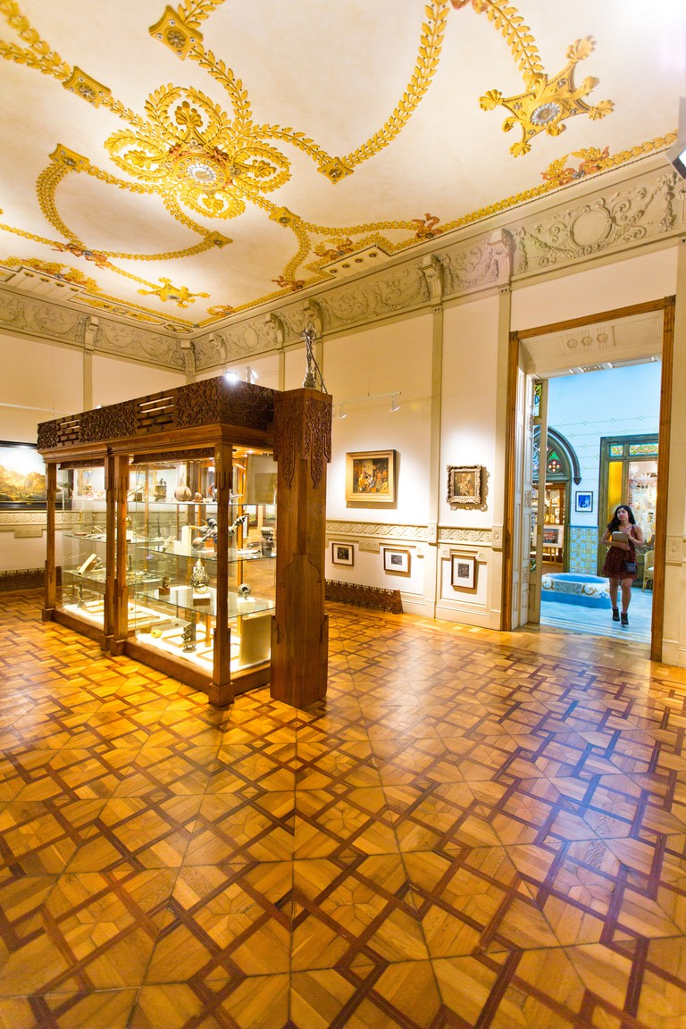 The renovated Modernist building | © Hemp Museum gallery Barcelona / Flickr