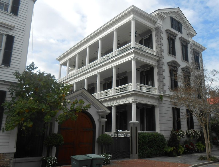More details The Patrick O'Donnell House is a notable Italianate house at 21 King St., Charleston, South Carolina | © ProfReader/WikiCommons